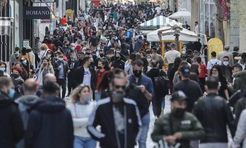 Lockdown: Μετακίνηση… ψώνια - Το αδιαχώρητο στην Ερμού (photos)