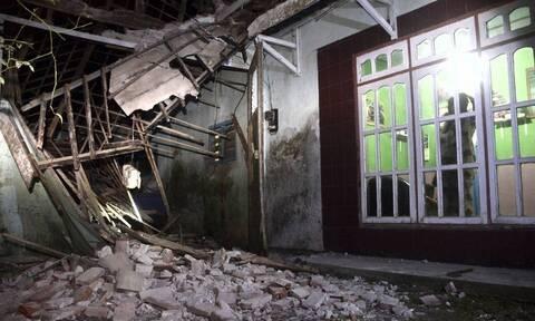 Σεισμός στην Ινδονησία: Τραγωδία με επτά νεκρούς