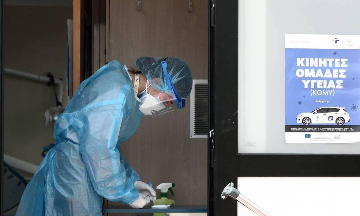 Κορονοϊός - Σαρηγιάννης: Πόση ανοσία θα δώσουν τα εμβόλια - Τι είπε για τα κρούσματα