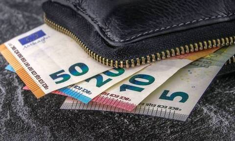 Επίδομα 534 ευρώ: Προσοχή! Μέχρι την Δευτέρα (12/4) οι δηλώσεις για τις αναστολές Απριλίου