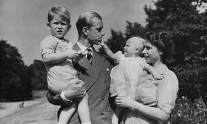 Πρίγκιπας Φίλιππος: Ποιά ήταν η τελευταία του επιθυμία -Τι είπε στο γιο του Κάρολο λίγο πριν «φύγει»