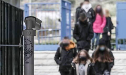 Εμβόλιο κορονοϊού - Παπαευαγγέλου: Οι μαθητές μπορεί να εμβολιαστούν πριν την επόμενη σχολική χρονιά