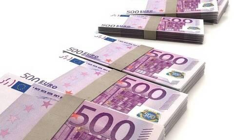 «Βρέχει» λεφτά: Σήμερα πληρώνονται αναδρομικά κληρονόμων και επιδόματα ΟΑΕΔ