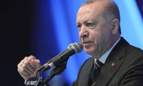 O Ερντογάν απάντησε στον Ντράγκι: Μου επιτέθηκε για να καλύψει την ανικανότητά του
