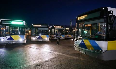 Καραμανλής: 37 από τα 40 λεωφορεία που παρελήφθησαν βγήκαν στους δρόμους της Αθήνας
