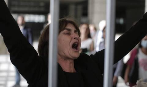 Γιώργος Καραϊβάζ: Το σπαρακτικό «αντίο» από τη μητέρα της Ελένης Τοπαλούδη - «Εκεί ψηλά πες της ...»
