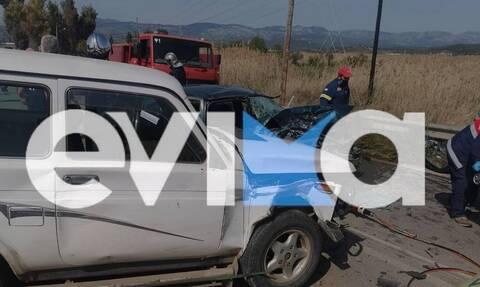 Εύβοια: Σοβαρό τροχαίο με τραυματίες - Ανάμεσα τους ένα μωρό (pics)