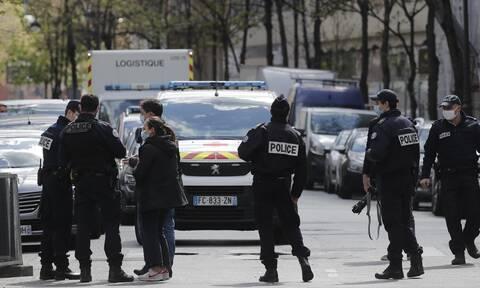 Ανθρωποκυνηγητό μετά την επίθεση στο Παρίσι: Ένας νεκρός και μία τραυματίας ο απολογισμός