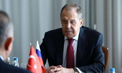 Έξαλλος ο Λαβρόφ με τον Ερντογάν: Ούτε να το διανοηθείς