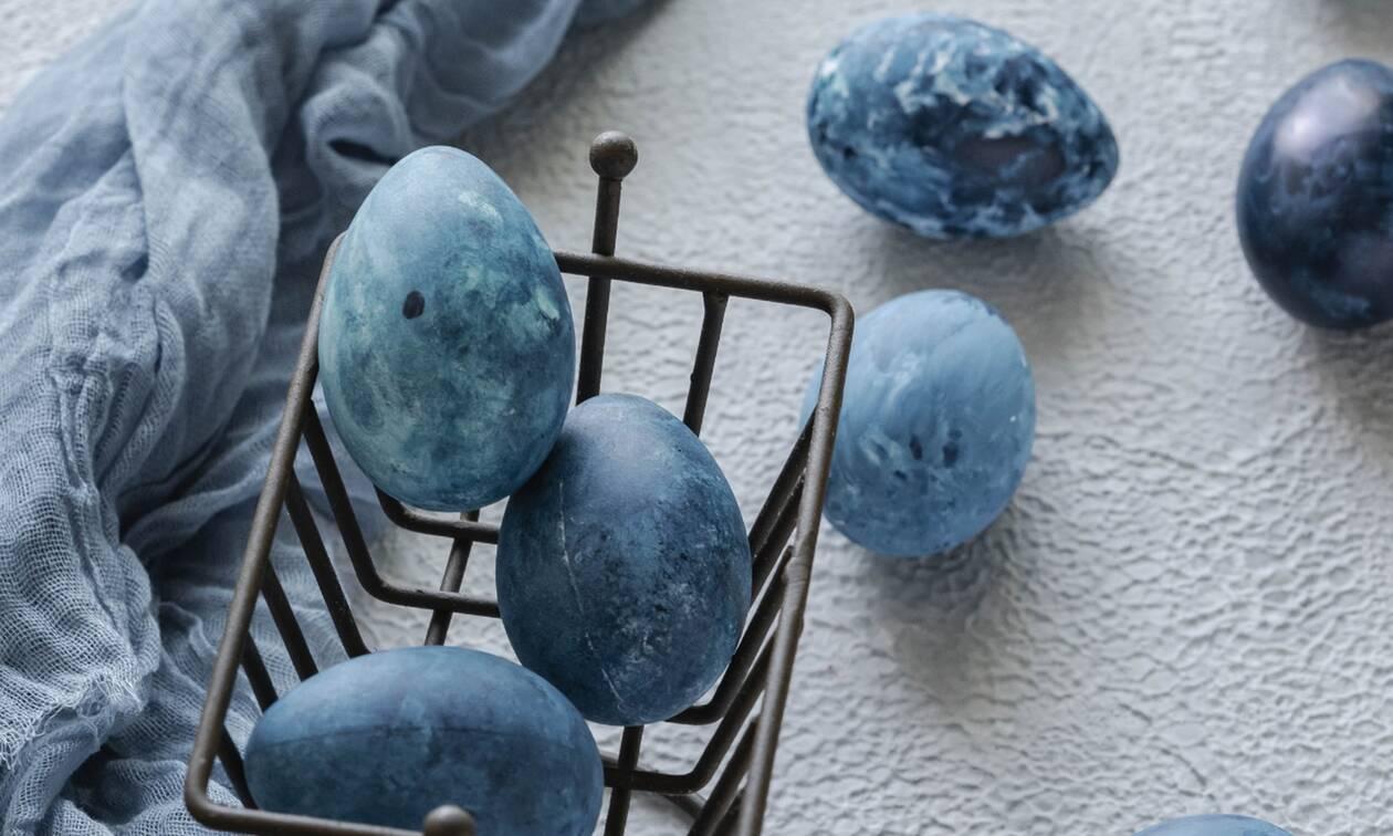 Βάψτε πασχαλινά αβγά με μακαρόνια και κριθαράκι (vid)