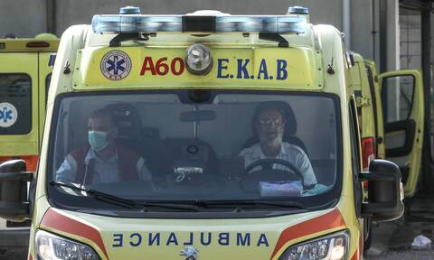 Επίθεση με καυστικό υγρό στο κέντρο της Αθήνας