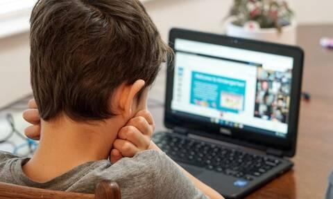 Ψηφιακή μέριμνα: Ποιοι μαθητές και φοιτητές δικαιούνται τα 200 ευρώ για laptop, desktop και tablet