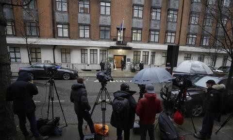 Πρίγκιπας Φίλιππος: «Γονάτισε» το BBC - 110.000 παράπονα για την υπερβολική κάλυψη του θανάτου του