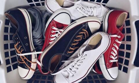 Παπούτσια: Απίστευτο κόλπο για να τα έχεις σαν καινούργια