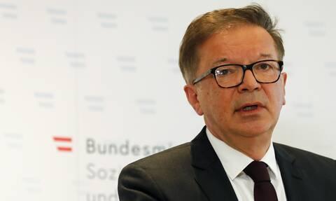 Αυστρία: Παραιτήθηκε ο υπουργός Υγείας - Έπαθε υπερκόπωση λόγω...της πανδημίας
