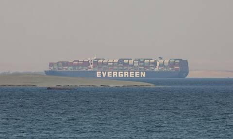 """Διώρυγα του Σουέζ: Η Αίγυπτος κατέσχεσε το """"Ever Given"""" - Ζητά αποζημίωση 900 εκατομμύρια δολάρια"""