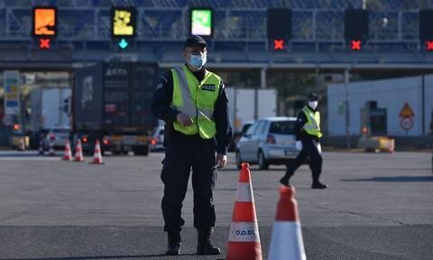 Κορονοϊός - Παυλάκης: Προειδοποίηση για άνοιγμα μετακινήσεων το Πάσχα - Θα ξαναφουντώσει η πανδημία