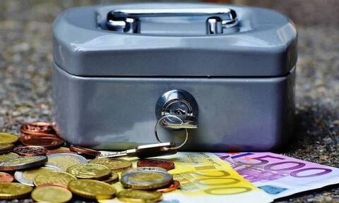 Συντάξεις Μαΐου 2021: Νωρίτερα η πληρωμή στους συνταξιούχους - Οι ημερομηνίες για όλα τα Ταμεία