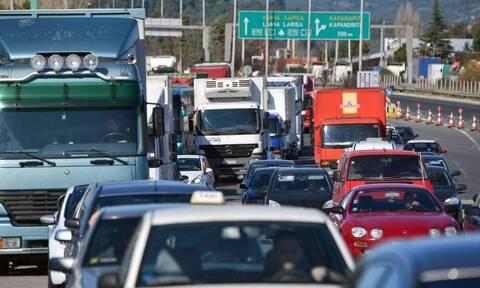 Κίνηση ΤΩΡΑ: Χάος στον Κηφισό - Τροχαίο ατύχημα προκάλεσε ουρές χιλιομέτρων