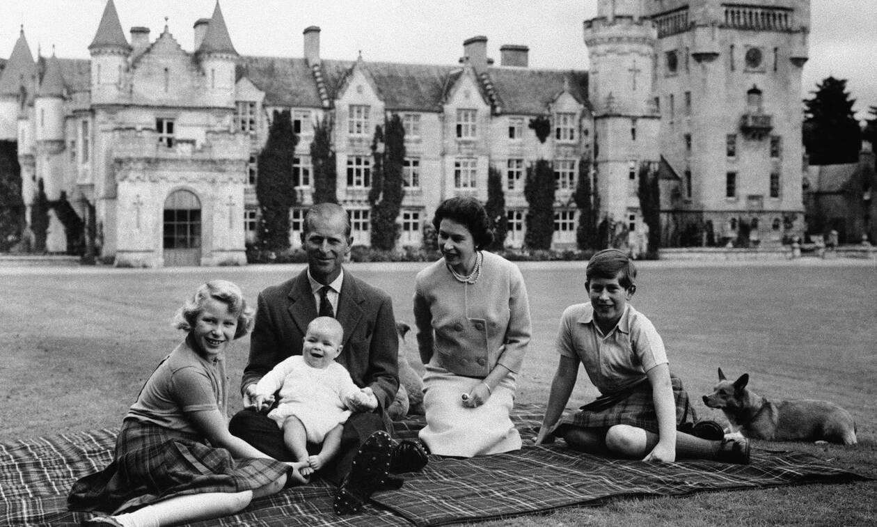 Πρίγκιπας Φίλιππος: Συγκινεί ο Κάρολος - Το βίντεο που ανάρτησε για το θάνατο του πατέρα του