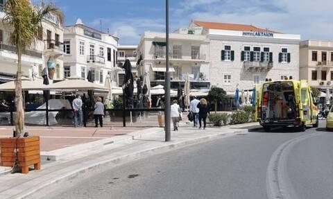 Πανικός στη Σύρο: Μαχαίρωσαν άνδρα στο κέντρο της Ερμούπολης
