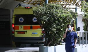 Κρούσματα σήμερα: 3.089 νέα ανακοίνωσε ο ΕΟΔΥ - 81 θάνατοι σε 24 ώρες, στους 809 οι διασωληνωμένοι