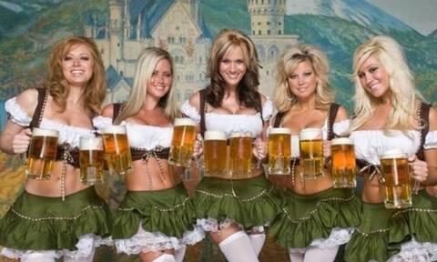 Γιατί η μπύρα έχει αφρό όταν τη σερβίρουμε;