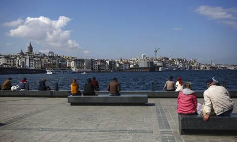 Κορονοϊός - Τουρκία: Νέα ρεκόρ κρουσμάτων και θανάτων