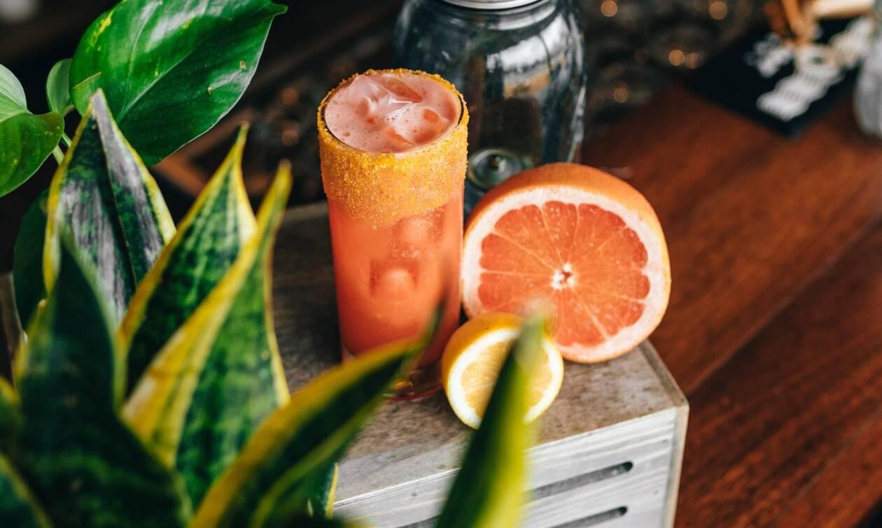 Πασχαλινό smoothie με καρότο και πορτοκάλι (vid)