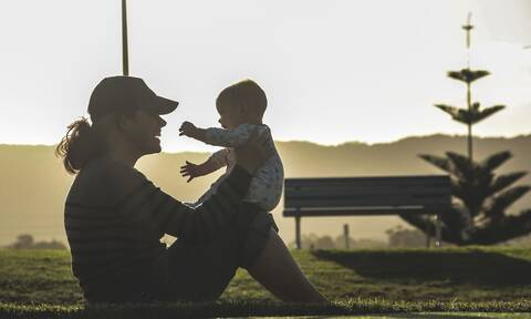 ΟΠΕΚΑ - Επίδομα παιδιού Α21:«Βροχή» οι αιτήσεις -  Πότε θα πληρωθεί η 2η δόση - Ποσά και δικαιούχοι