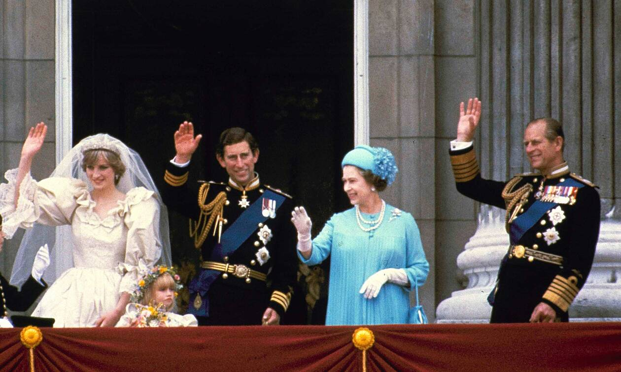 Πρίγκιπας Φίλιππος: Όταν έγραφε στη Νταϊάνα: «Αδιανόητο να σε εγκαταλείψει... για την Καμίλα»