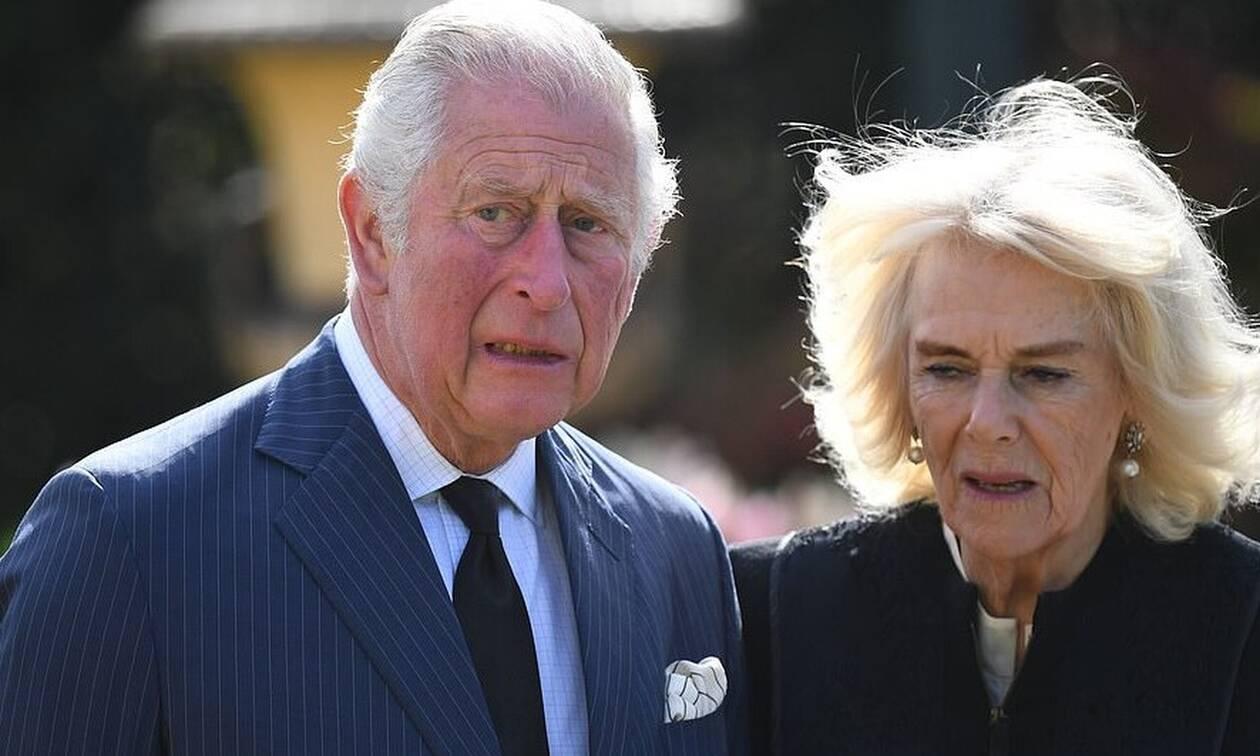 Πρίγκιπας Φίλιππος: H απρόσμενη εμφάνιση Καρόλου - Καμίλας πριν την κηδεία - Έκλαψαν δημόσια
