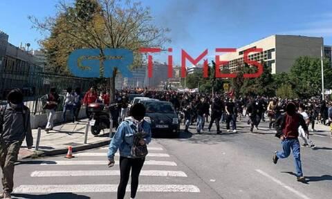 Θεσσαλονίκη: Επεισόδια μετά την πορεία φοιτητών - Τραυματίστηκε διαδηλωτής από μολότοφ