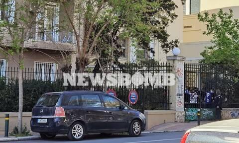 Ρεπορτάζ Newsbomb.gr: Ένταση έξω από την ΑΣΟΕΕ (pics)
