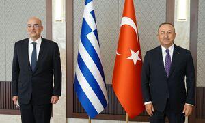 Ελληνοτουρκικά: «Πόλεμος» Δένδια - Τσαβούσογλου on camera για Αιγαίο, μειονότητα και μεταναστευτικό