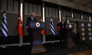 Κόντρα Δένδια – Τσαβούσογλου: Προκαλούν οι Τούρκοι – «Σκάνδαλο η στάση του Έλληνα υπουργού»