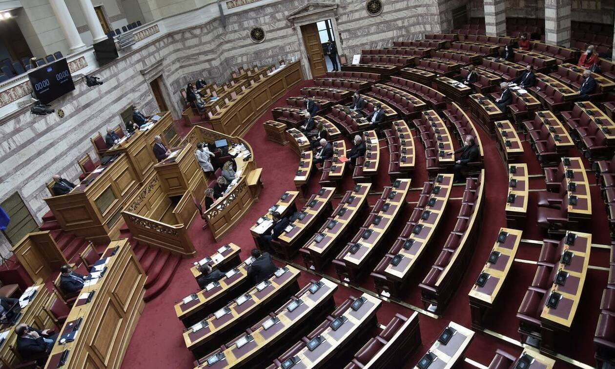 Βουλή: Πέρασε με ευρεία πλειοψηφία το νομοσχέδιο απλούστευσης των οικονομικών δραστηριοτήτων