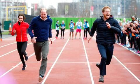 William και Harry: Το Παλάτι επιβεβαίωσε τη μεγάλη κόντρα ανάμεσά τους (photos)