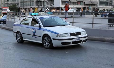 Σοκ στη Γλυφάδα: 70χρονος έπεσε από το 2ο όροφο εμπορικού κέντρου και σκοτώθηκε