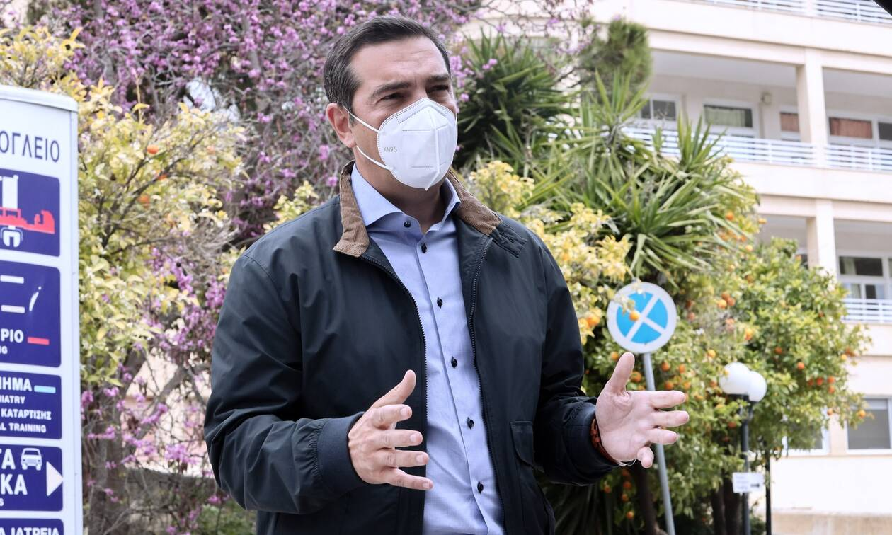 Τσίπρας: Δραματική η κατάσταση στα νοσοκομεία, να σταματήσουν οι παλινωδίες της κυβέρνησης