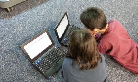 Voucher 200 ευρώ για tablet και laptop: Eκδίδονται τα πρώτα κουπόνια - Πώς θα κάνετε αίτηση