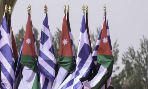 Επεκτείνει τις στρατηγικές συμφωνίες στη Μέση Ανατολή η Ελλάδα - Στρατιωτική συνεργασία με Ιορδανία