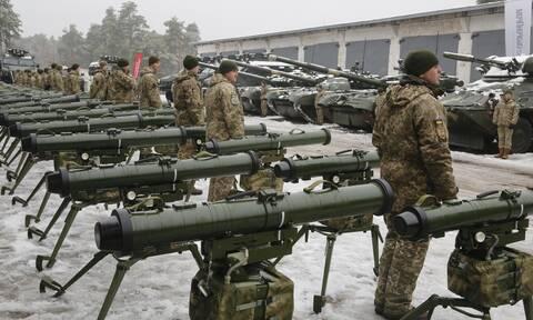 Η Ουκρανία ζητά στρατιωτική βοήθεια από ΕΕ-ΝΑΤΟ απέναντι στη Ρωσία-Υπαινιγμοί για πυρηνικά όπλα