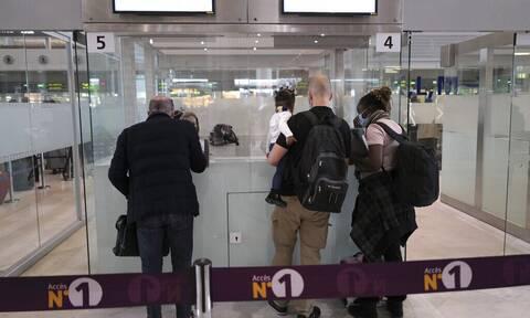 Κορονοϊός-Γαλλία: Σε 10ήμερη καραντίνα οι ταξιδιώτες από Βραζιλία, Αργεντινή, Χιλή και Νότια Αφρική