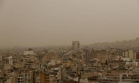 Καιρός: Άστατος και σήμερα με βροχές και αφρικανική σκόνη - Πού θα βρέξει (χάρτες)