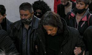 Φονικό στη Μακρινίτσα: Συγκλονίζει η μητέρα των θυμάτων - Συγκινεί η αλληλεγγύη προς την οικογένεια