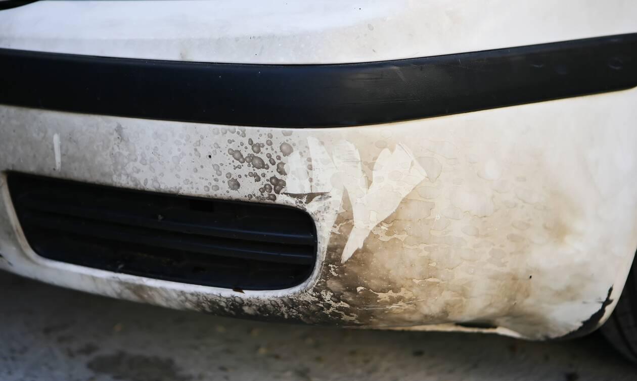 Επεισόδια στην Κυψέλη: Επιτέθηκαν σε αστυνομικούς και έσπασαν αυτοκίνητα μετά το κορονοπάρτι