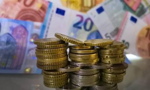 Αναδρομικά: Τα ποσά για 450.000 συνταξιούχους - Πότε θα τα πάρουν