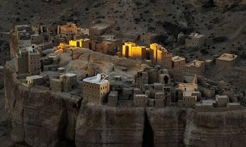 Αυτή η πόλη είναι χτισμένη αποκλειστικά από πέτρα