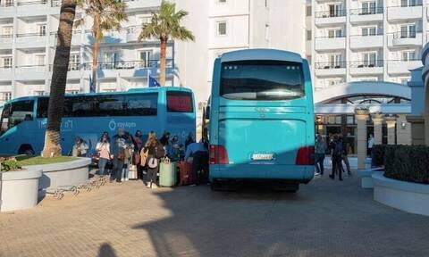Ρόδος: Έτσι αποχαιρέτησαν το νησί οι 189 Ολλανδοί τουρίστες